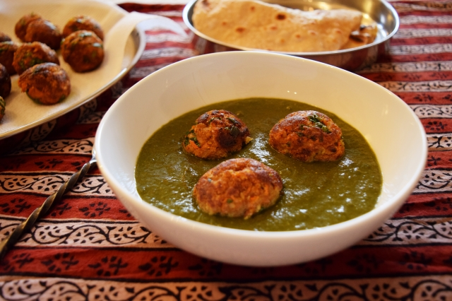 soy vegetables koftas in spinach gravy