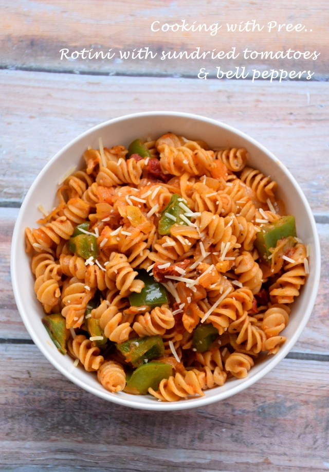 rotini _with sundried tomato and bellpeppers_wp